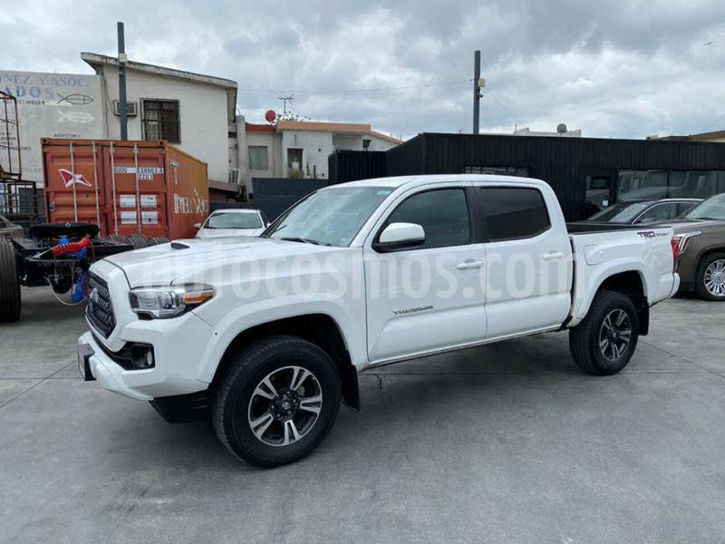 Toyota Tacoma TRD Sport  usado (2019) color Blanco precio $549,800