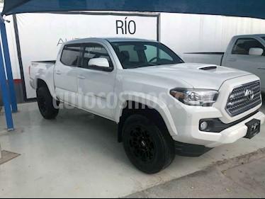 Toyota Tacoma TRD Sport  usado (2017) color Blanco precio $529,000