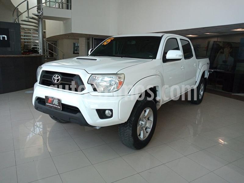 Toyota Tacoma TRD Sport  usado (2015) color Blanco precio $359,900