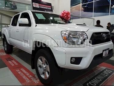 Toyota Tacoma TRD Sport usado (2015) color Blanco precio $389,000