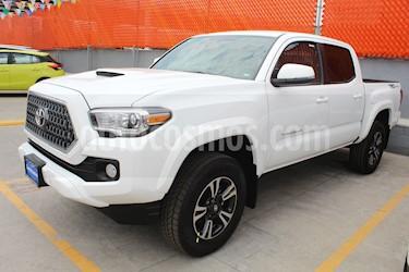 Toyota Tacoma TRD Sport usado (2019) color Blanco precio $590,000