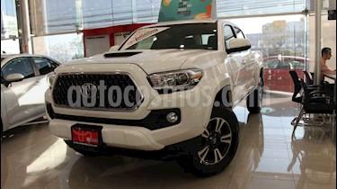 Toyota Tacoma 4p TRD Sport V6/3.5 Aut 4x4 usado (2019) color Blanco precio $618,000