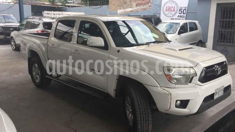 Toyota Tacoma TRD Sport 4x4 usado (2012) color Blanco precio $335,000
