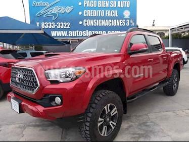 Toyota Tacoma Edicion Especial 4x4  usado (2019) color Vino Tinto precio $699,900