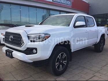 Toyota Tacoma TRD Sport 4x4 usado (2019) color Blanco precio $660,000