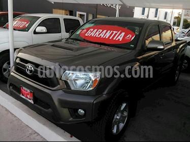 Foto venta Auto Seminuevo Toyota Tacoma TRD Sport 4x4 (2015) color Cafe precio $433,000