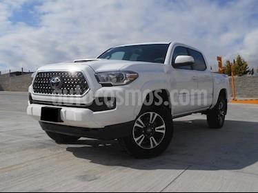 Foto venta Auto Seminuevo Toyota Tacoma TRD Sport (2018) color Blanco precio $540,000