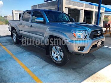 Toyota Tacoma TRD Sport usado (2015) color Gris precio $365,000