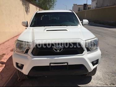 Toyota Tacoma TRD Sport usado (2015) color Blanco precio $315,000