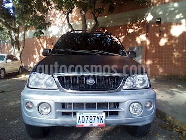 Foto venta carro usado Toyota Terios LX Sinc. (2004) color Negro precio BoF3.000