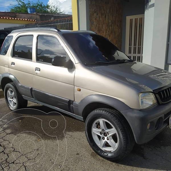 Toyota Terios LX Sinc. usado (2007) color Bronce precio BoF3.000