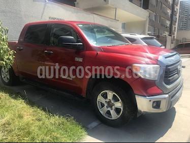 Toyota Tundra 4x2 DLX usado (2015) color Rojo precio $9.500.000