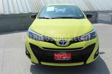Foto venta Auto usado Toyota Yaris R LE Aut (2019) color Verde precio $272,000