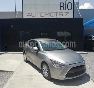 Foto venta Auto usado Toyota Yaris R LE Aut (2016) color Gris precio $202,000