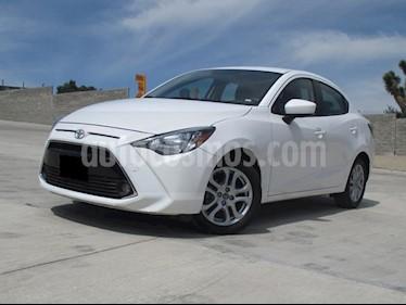 Foto venta Auto usado Toyota Yaris R LE Aut (2016) color Blanco precio $205,000