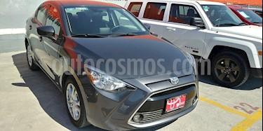 Toyota Yaris R XLE Aut usado (2018) color Gris Metalico precio $260,000