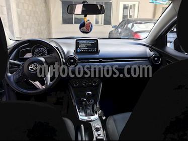 Toyota Yaris R XLE Aut usado (2017) color Azul precio $245,000