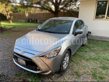 Toyota Yaris R XLE Aut usado (2016) color Plata precio $209,000