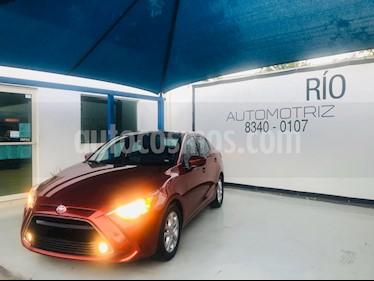Toyota Yaris R XLE Aut usado (2016) color Rojo precio $198,000