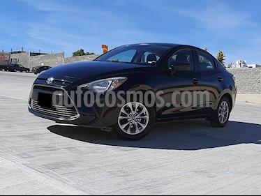 Toyota Yaris R LE usado (2017) color Negro precio $188,000