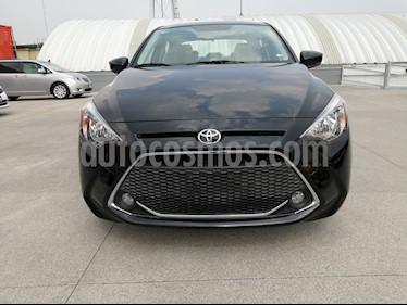 Toyota Yaris R XLE Aut usado (2020) color Negro precio $289,000
