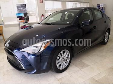 Toyota Yaris R XLE Aut usado (2018) color Azul Marino precio $218,000