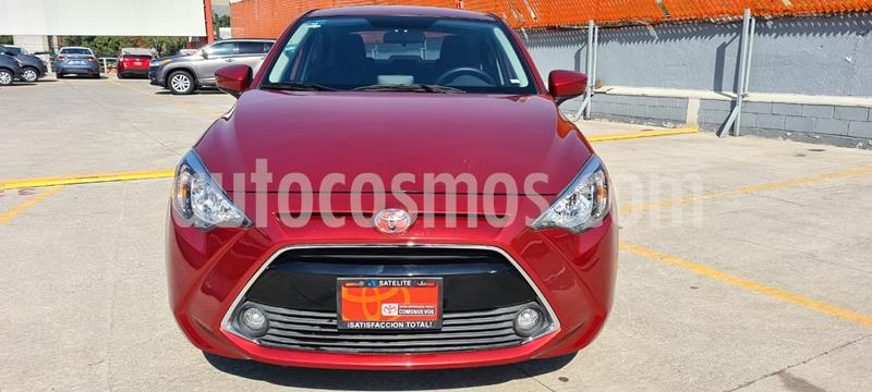Foto Toyota Yaris R XLE Aut usado (2016) color Rojo precio $215,000