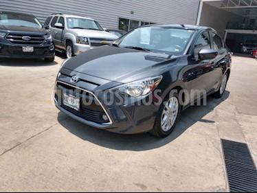 Foto venta Auto usado Toyota Yaris R XLE Aut (2016) color Gris precio $199,000
