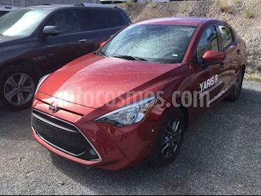 Foto Toyota Yaris R XLE Aut usado (2019) color Rojo precio $285,000