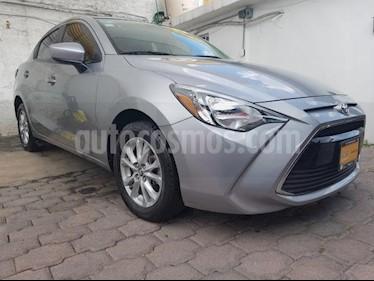Foto venta Auto usado Toyota Yaris R XLE Aut (2016) color Plata precio $175,000