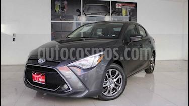 Foto venta Auto usado Toyota Yaris R XLE Aut (2019) color Gris precio $267,000