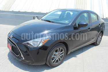 Foto venta Auto usado Toyota Yaris R XLE Aut (2019) color Azul precio $282,000