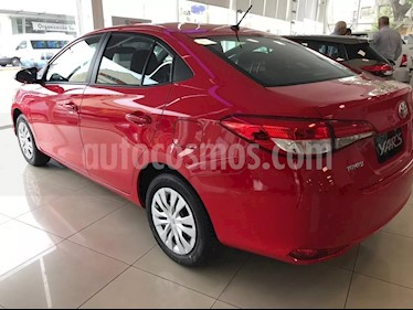 Foto venta Auto usado Toyota Yaris Sedan 1.5 XS (2019) color Rojo precio $635.000