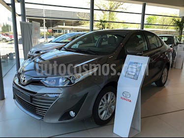 Toyota Yaris Sedan 1.5 XLS Pack CVT usado (2019) color A eleccion precio $1.439.700