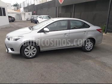 Foto venta Auto Seminuevo Toyota Yaris Sedan Core Aut (2017) color Plata precio $188,000