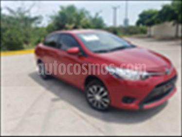 foto Toyota Yaris Sedán Core Aut usado (2017) color Rojo precio $182,000
