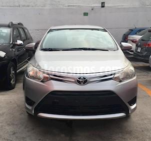 Foto venta Auto Seminuevo Toyota Yaris Sedan Core Aut (2017) color Plata precio $180,000