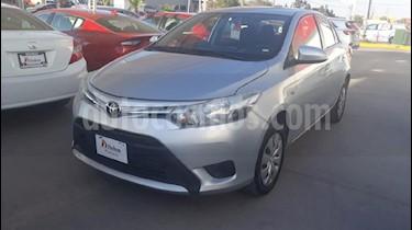 Foto venta Auto usado Toyota Yaris Sedan Core Aut (2017) color Plata precio $165,000