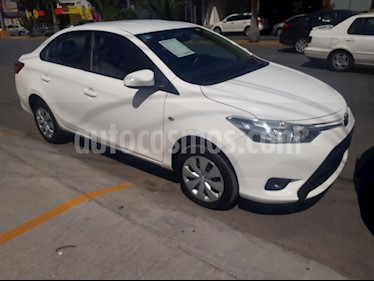 Foto venta Auto Seminuevo Toyota Yaris Sedan Core Aut (2017) color Blanco precio $189,000