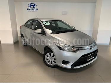 Foto venta Auto usado Toyota Yaris Sedan Core Aut (2017) color Plata precio $180,000