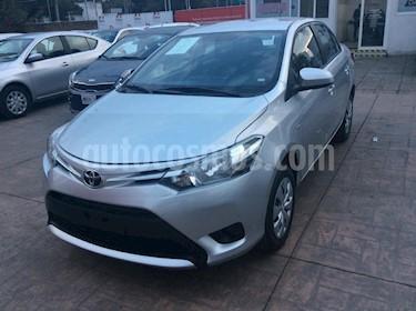 Foto venta Auto Seminuevo Toyota Yaris Sedan Core Aut (2017) color Plata precio $187,000