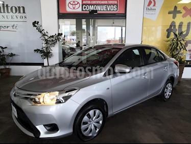 Foto venta Auto usado Toyota Yaris Sedan Core Aut (2017) color Plata precio $195,000