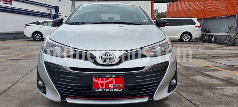 Toyota Yaris Sedan S usado (2020) color Plata precio $250,000