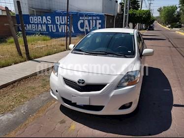 Toyota Yaris Sedan Premium usado (2011) color Blanco precio $112,000