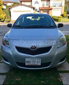 Toyota Yaris Sedan Base usado (2009) color Plata precio $95,000