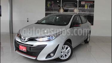 Toyota Yaris Sedan S usado (2018) color Plata precio $220,000