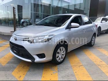 Toyota Yaris Sedan Core Aut usado (2017) color Plata precio $179,000