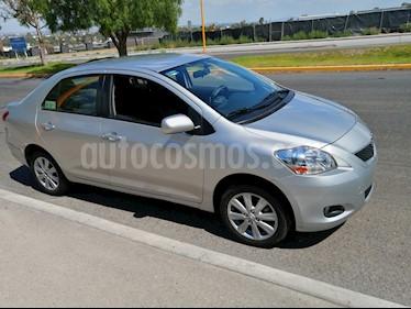 Toyota Yaris Sedan Premium usado (2016) color Gris precio $149,500