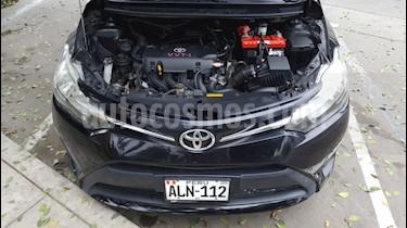 foto Toyota Yaris Sedán 1.3 GLi usado (2015) color Negro precio u$s8,700
