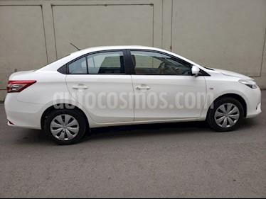 Toyota Yaris Sedan 1.3 GLi usado (2015) color Blanco precio $11,000